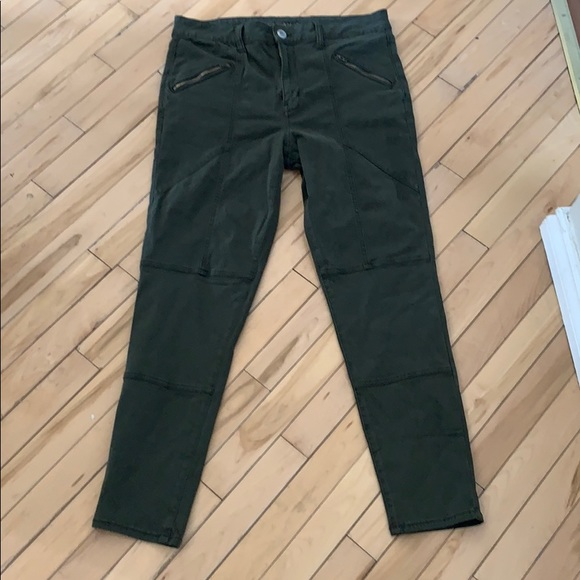 American Eagle Super Stretch Olive Green Jegging